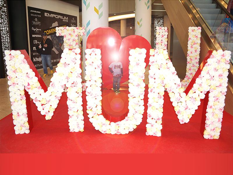 Buchstaben Dekoration zum Muttertag I Love MUM